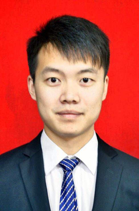 邹志翔 政治教师